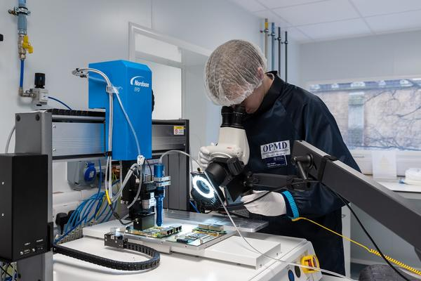 Sensor Engineering Technician Apprentices, Department of Physics, University of Oxford